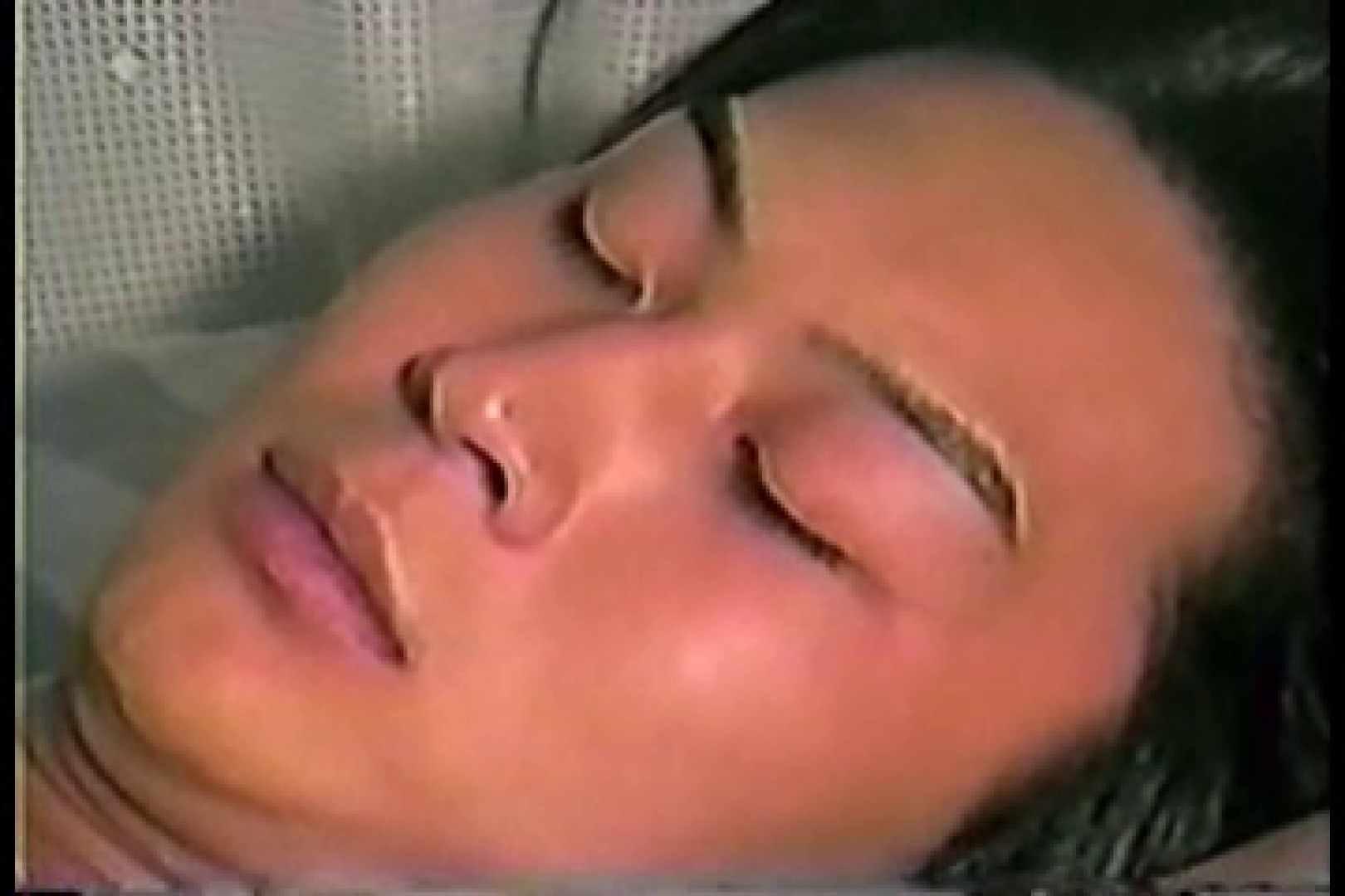 【個人投稿作品】お金の為なら何でもやりまっせ!! シコシコ ゲイ無修正動画画像 68枚 5